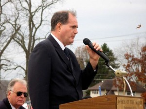 David Huffman Speaking at City Park in Parkersburg, WV on Veterans Day 2012